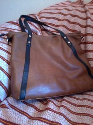 фото сумка коричневая для девушки удобная