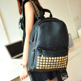 2015-New-Fashion-Punk-Design-Women-S-Casual-Rivet-Backpack-font-b-Teenage-b-font-Girl