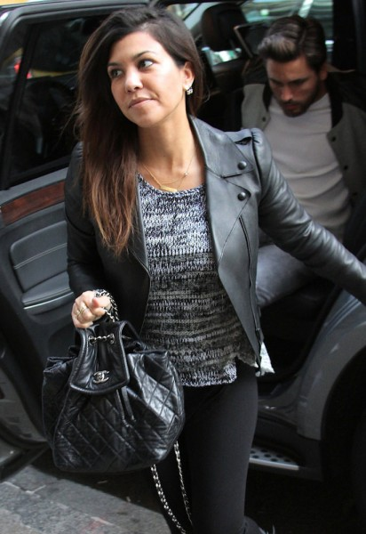 The-Many-Bags-of-Kourtney-Kardashian-20