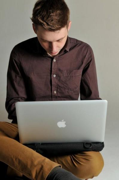 ноутбук-и-сумка-удобная-по-размеру