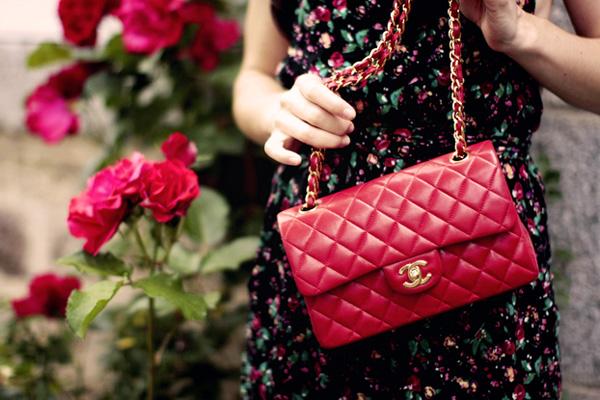 модная сумка от шанель легенда
